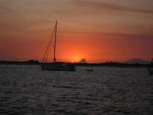 Magnífica puesta de Sol en Ibiza.