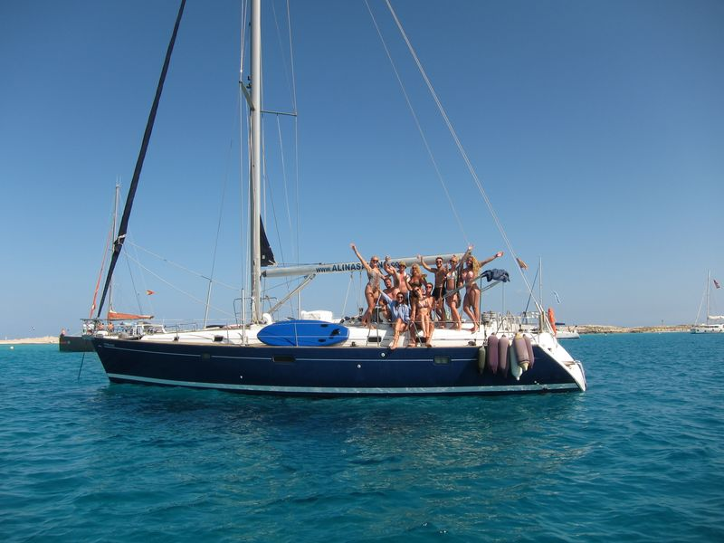 Make your best boat trips La Manga Murcia on board our luxury blue hull sailboat Beneteau Oceanis 50