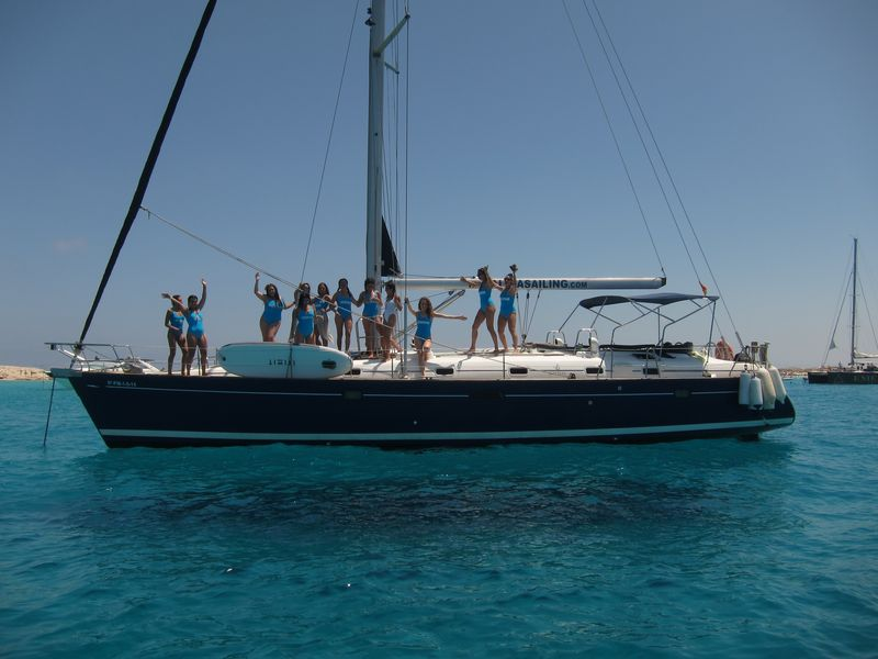 Celebrate your most important event on board our boat trips in Mar Menor