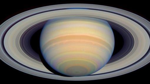 Durante el cielo junio alquiler velero Ibiza el gran protagonista será Saturno