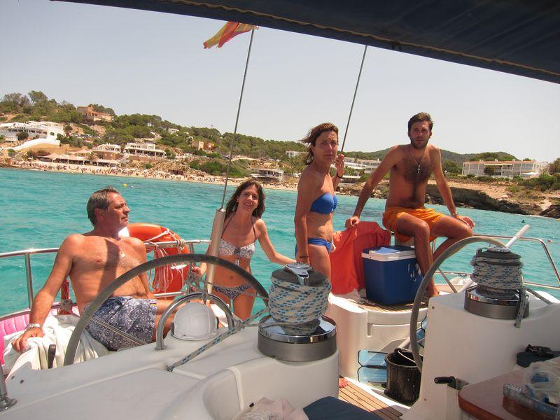 Familia Losada alquiler veleros Ibiza