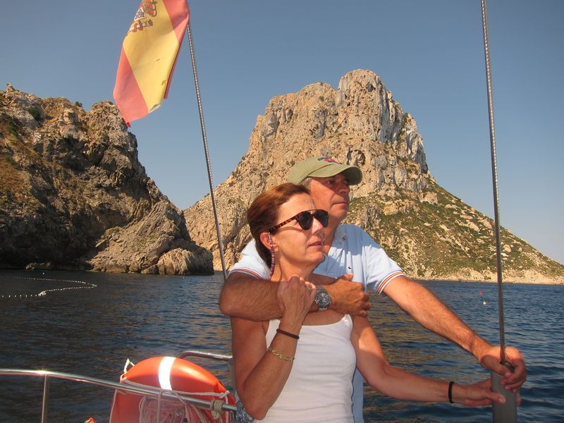 Familia Losada alquiler de velero Ibiza