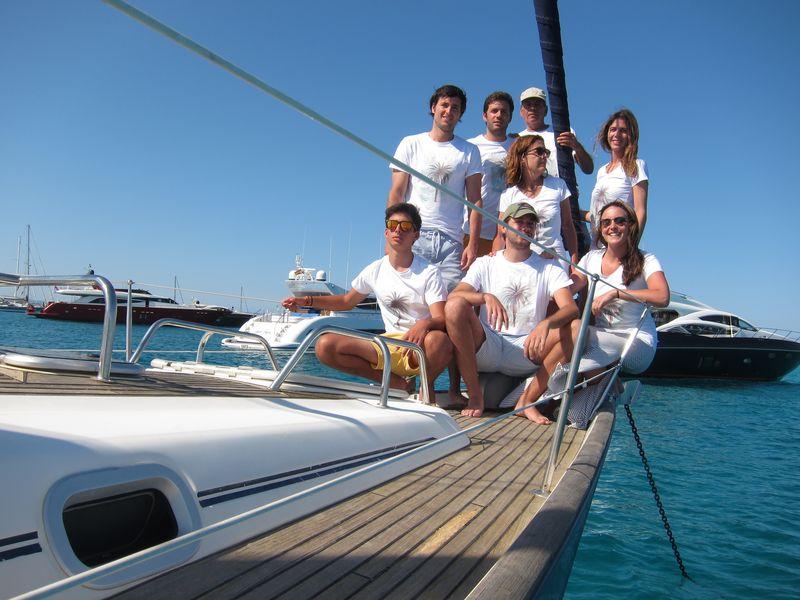 Familia Losada alquiler veleros con patrón Ibiza
