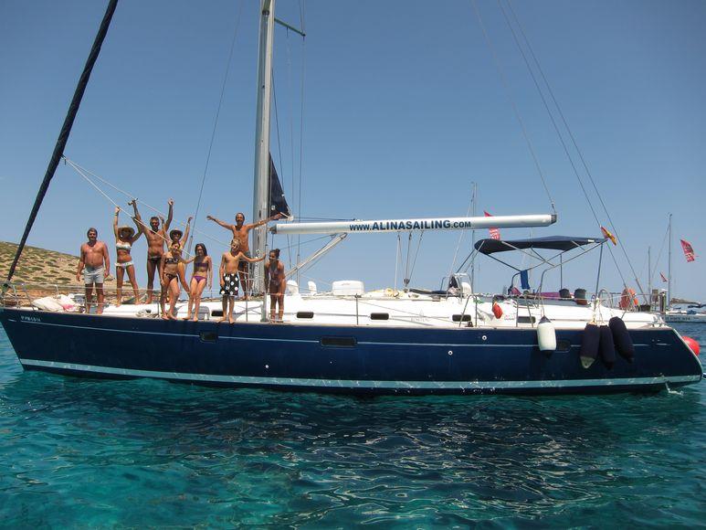 Alquiler de barcos en Ibiza con patrón