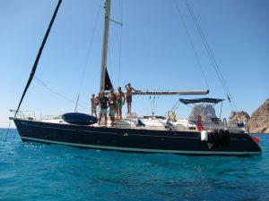 Familia italiana disfrutando de su Ibiza boat charter